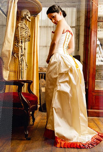 Robe De Mari E Poque Victorienne